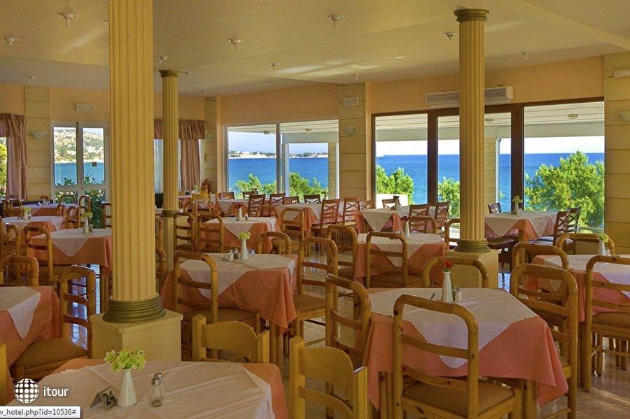 Ilyssion Resort 9
