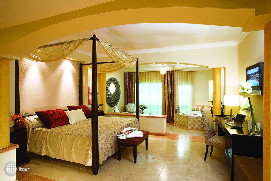 Majestic Colonial Punta Cana Beach Resort 5