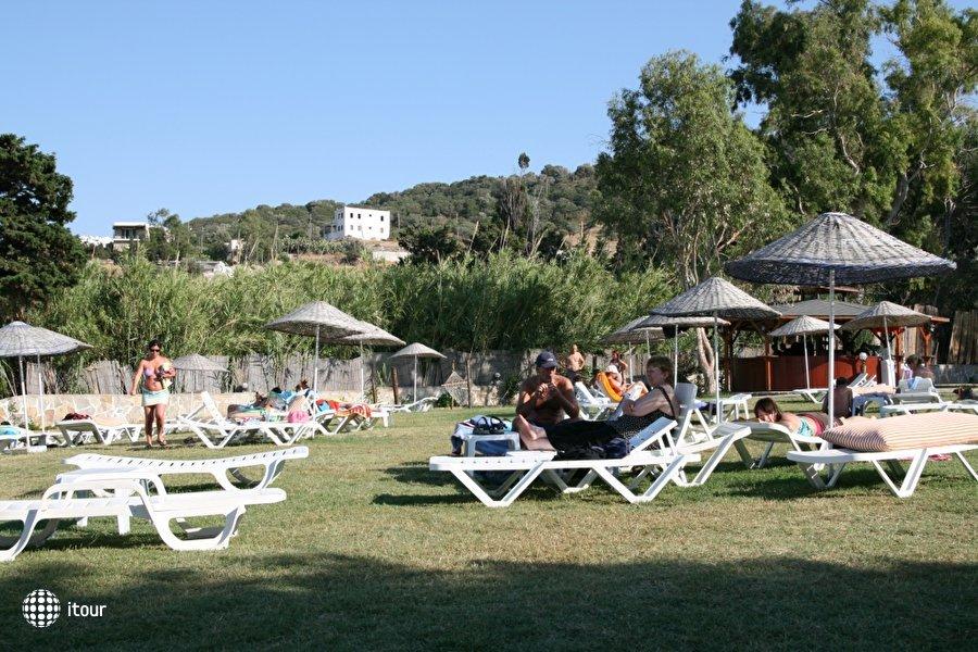 Bal Beach Hotel 5