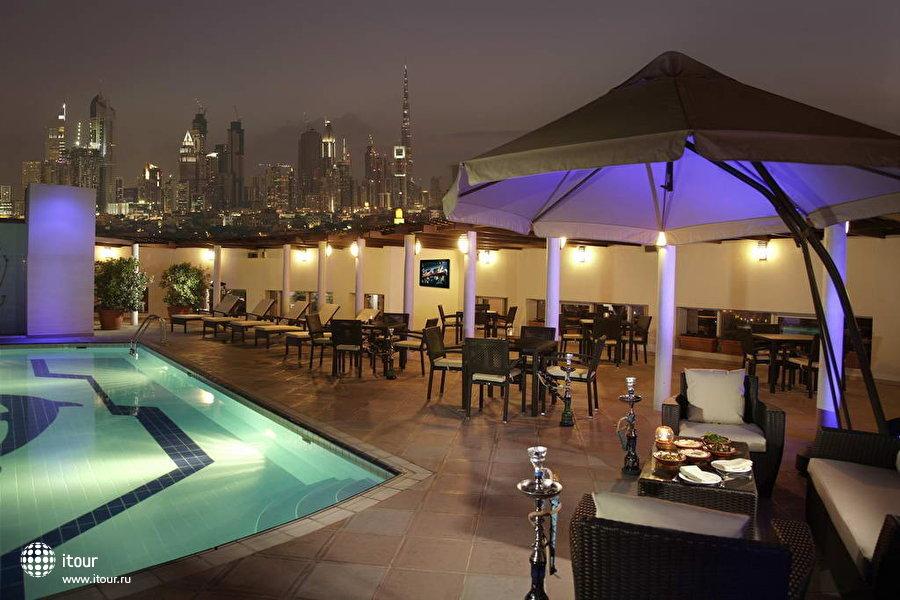 Jumeirah Rotana Hotel 3