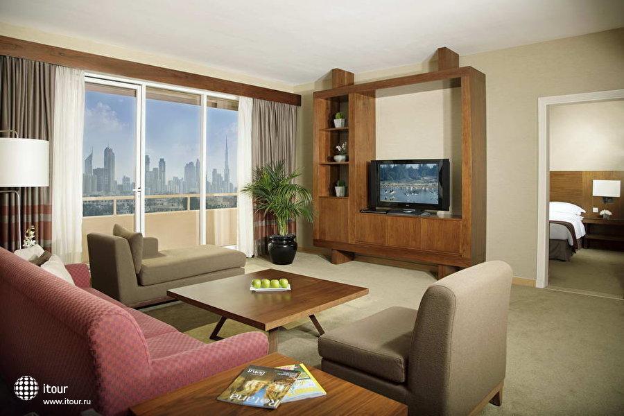Jumeirah Rotana Hotel 7