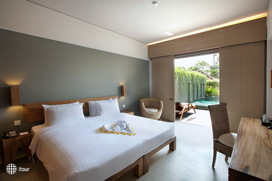 The Oasis Lagoon Sanur 3
