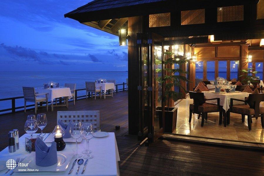 Olhuveli Beach & Spa Resort 14