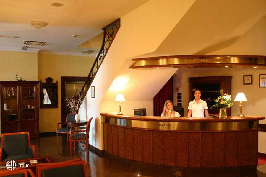 Globo Hotel 4