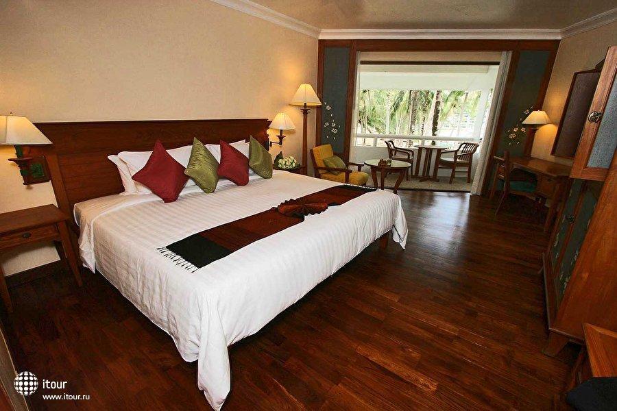 Le Meridien Phuket Beach Resort 8