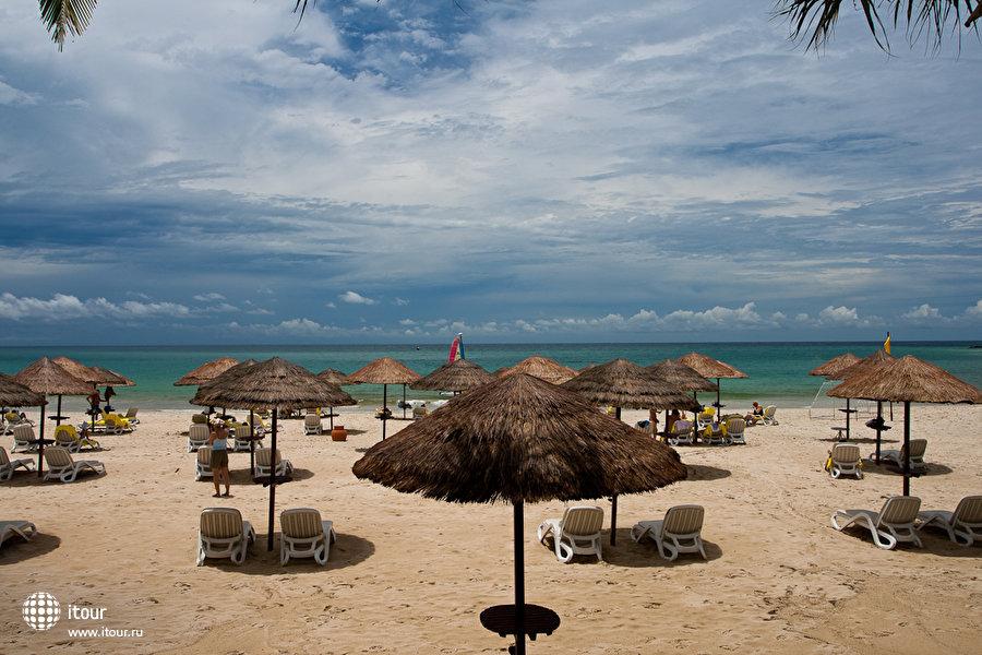 Le Meridien Phuket Beach Resort 7