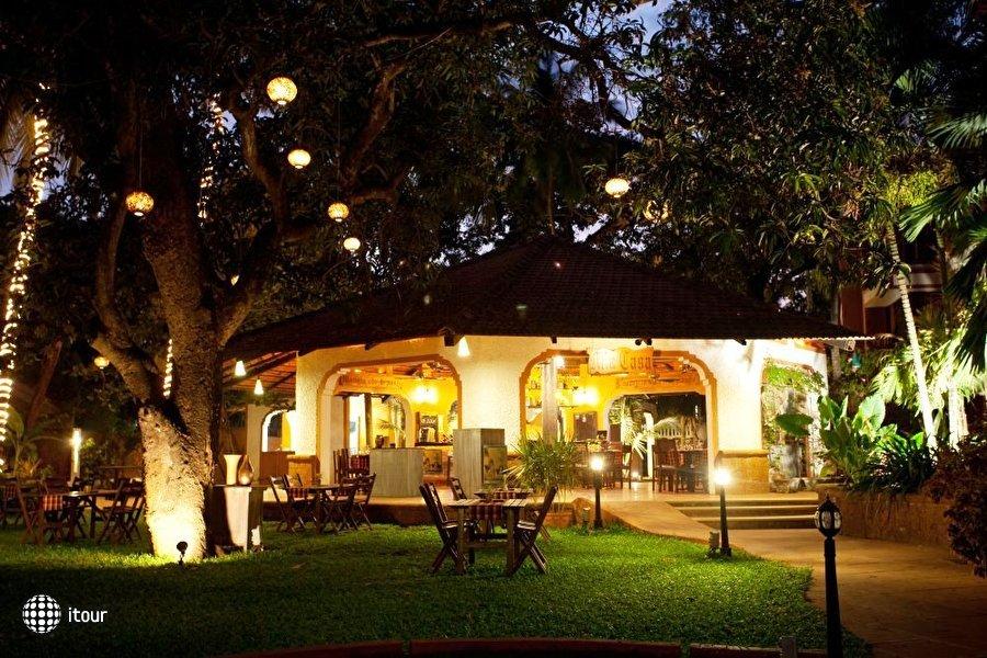 The Baga Marina Beach Resort & Hotel (ex. Beacon Court),  4