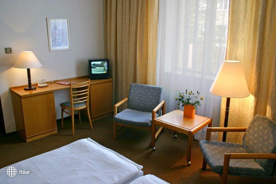 Ea Hotel Jasmin 5