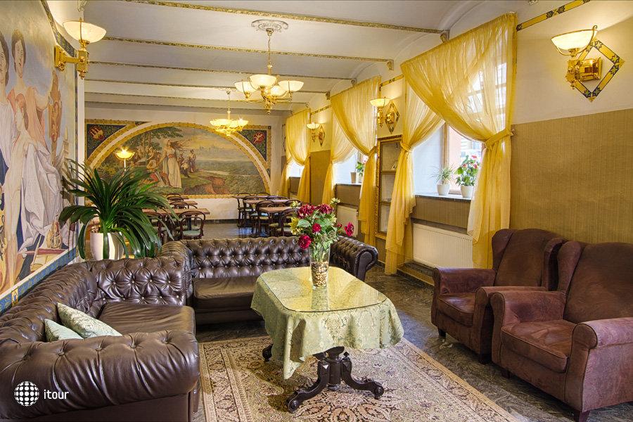 Hotel Taurus 3
