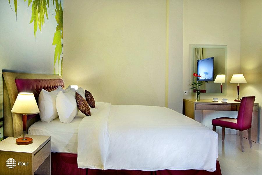 Quest Hotel Kuta Central Park 4