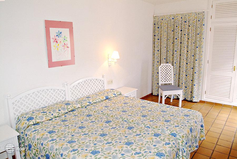 Adonis Resort Castalia - Brezos 4