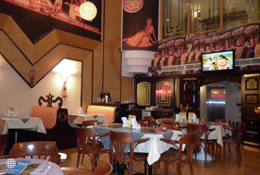 Ramee Guestline Hotel Al Riqqa 8