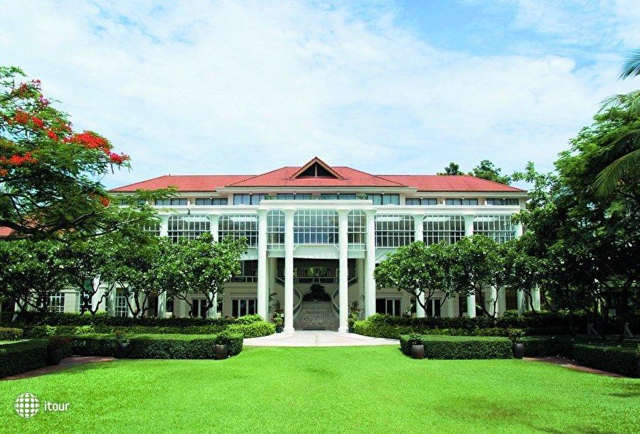 Centara Grand Beach Resort 1