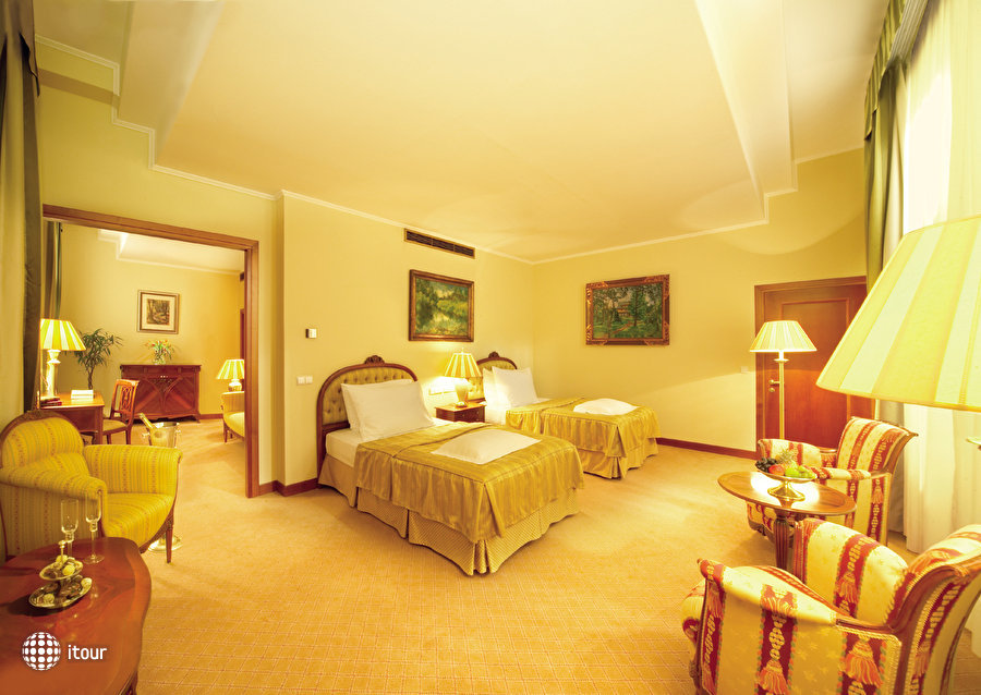 Palace Prague 9