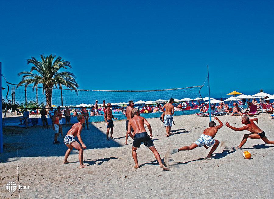 Eri Beach 9