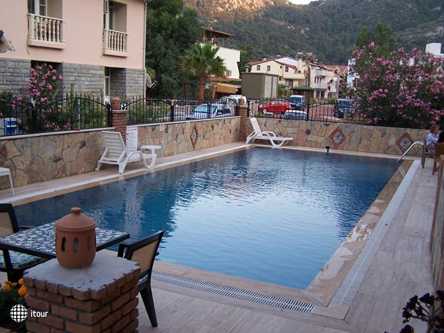 Barbaros Beach Hotel 3