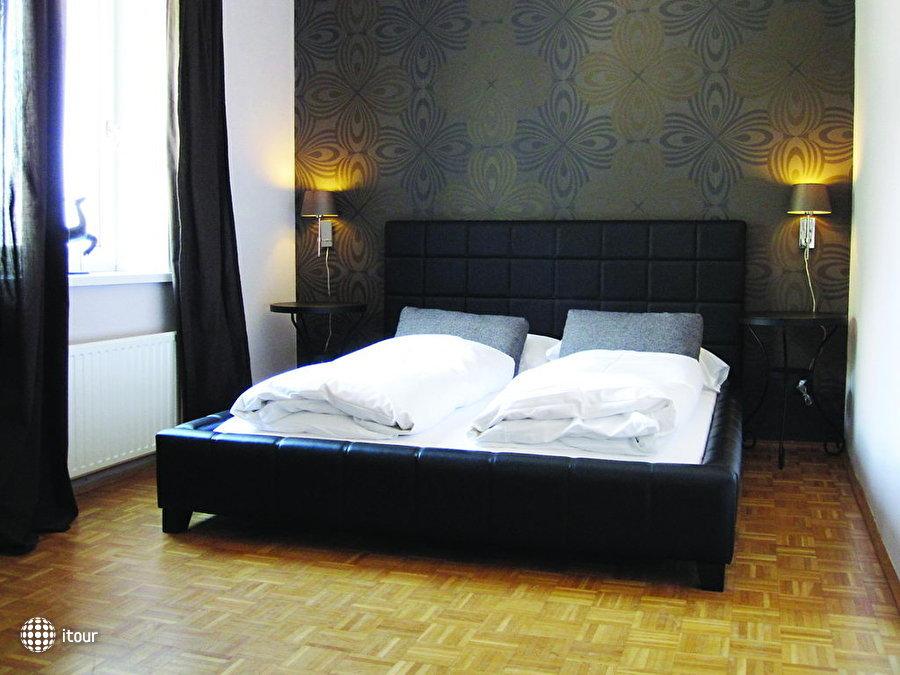 Villa Hirschen Hotel 4