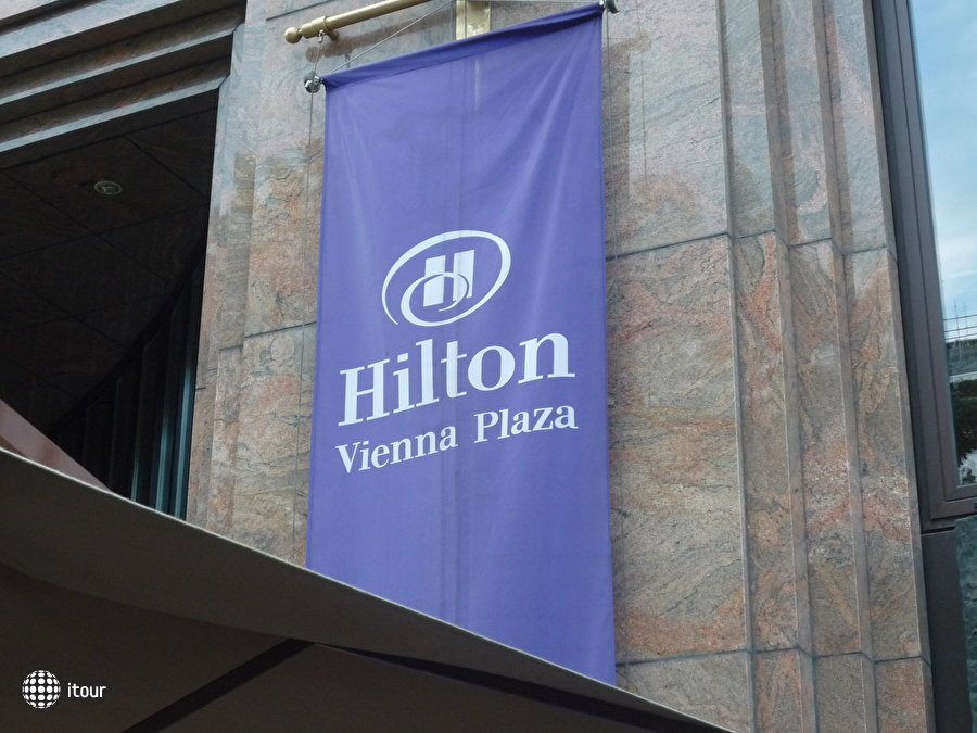 Hilton Vienna Plaza Hotel 5