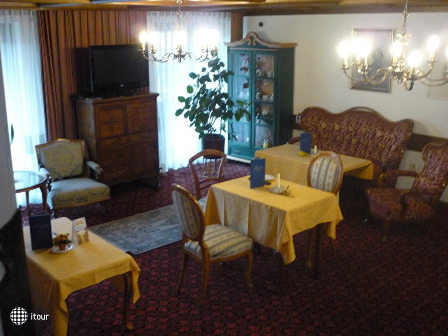Kur- Und Sporthotel Alpina 7