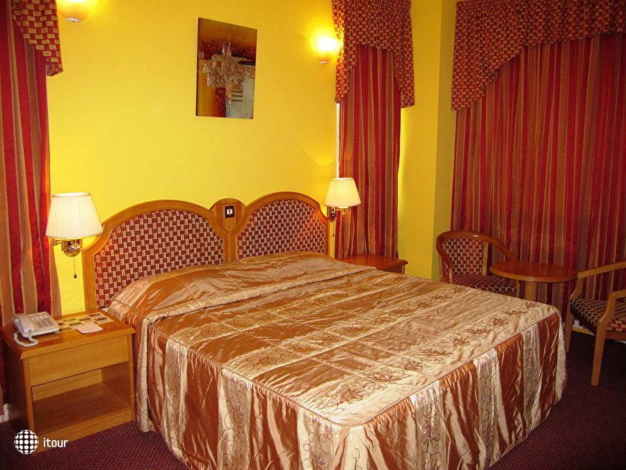 Comfort Inn Hotel 5