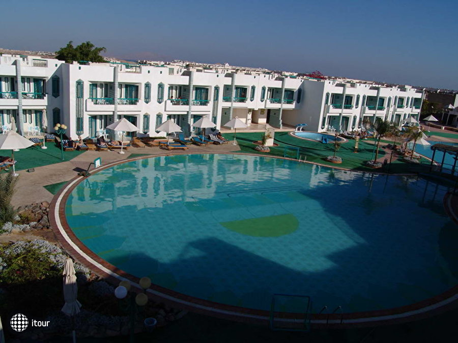 Sharm Holiday Resort 11
