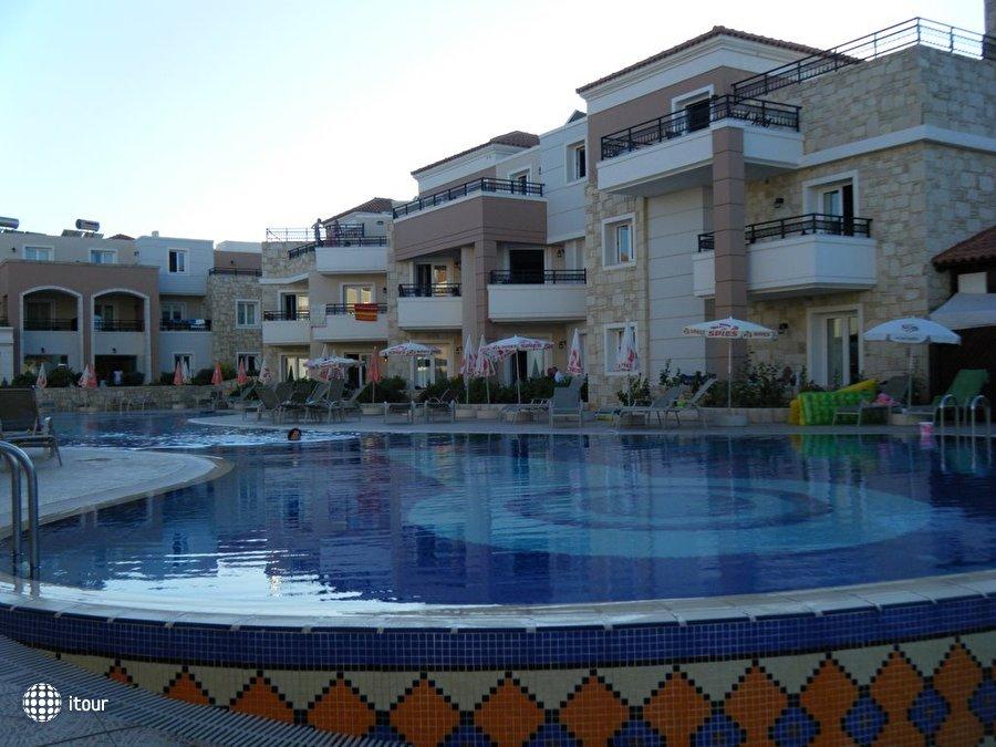 Alexandra Beach Resort 2