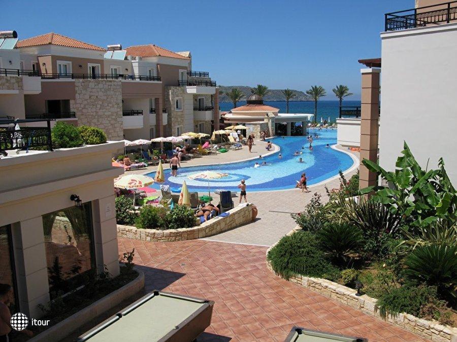 Alexandra Beach Resort 4