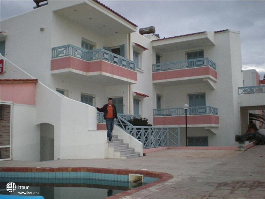 Coralli Beach Apartments 1