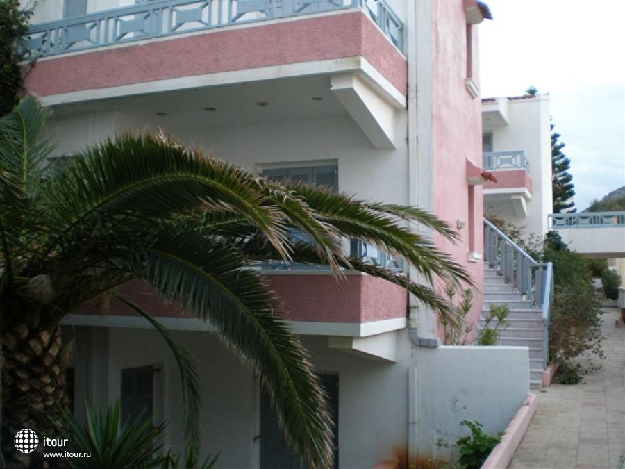 Coralli Beach Apartments 5