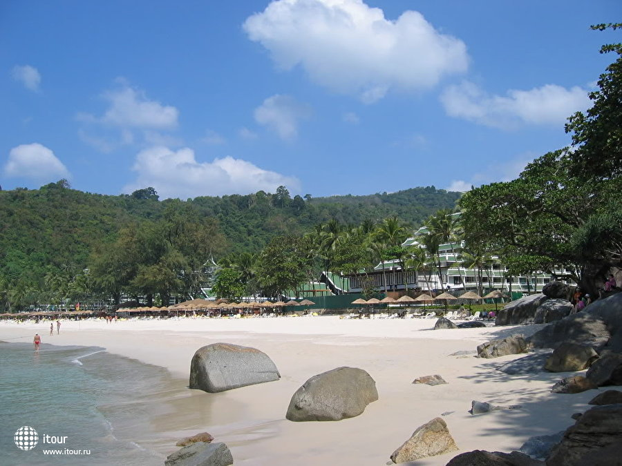 Le Meridien Phuket Beach Resort 5