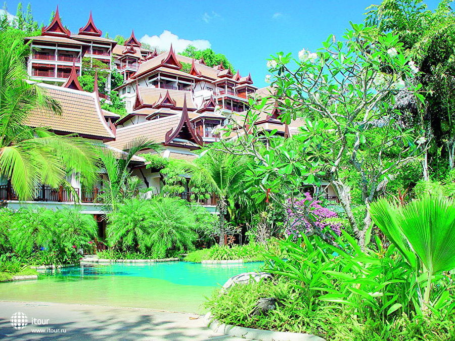 Thavorn Beach Village & Spa 4