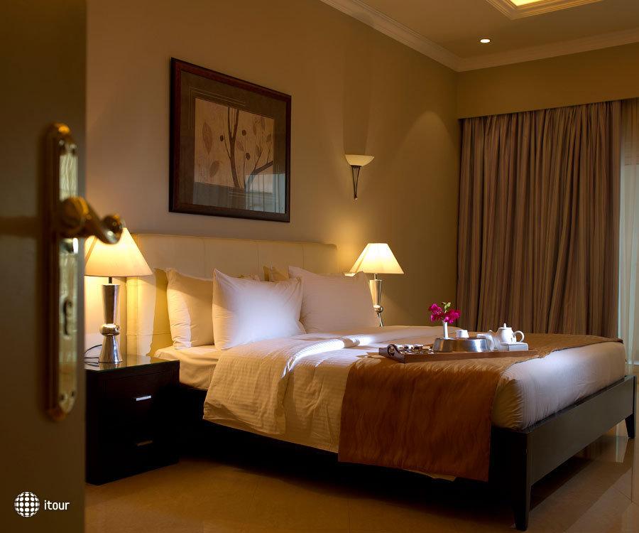 Al Hamra Fort Hotel & Beach Resort 5