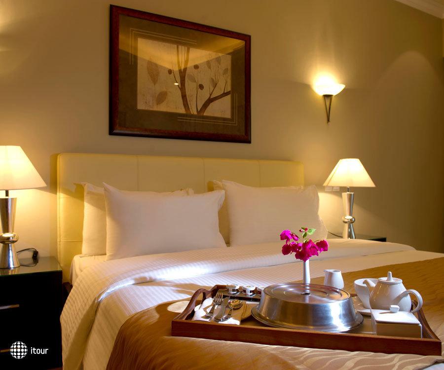 Al Hamra Fort Hotel & Beach Resort 6