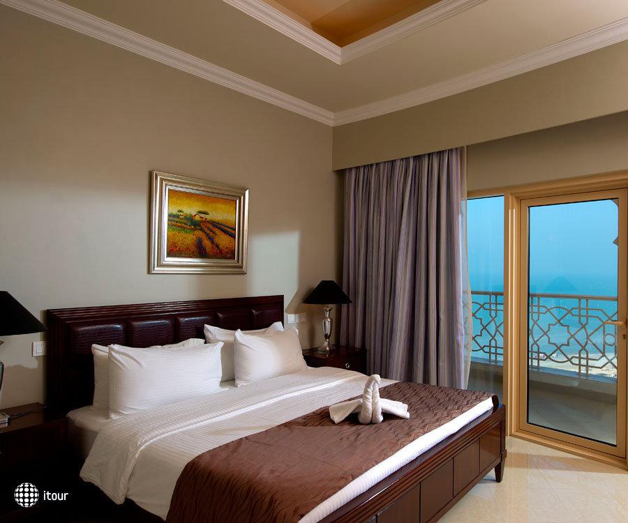 Al Hamra Fort Hotel & Beach Resort 7