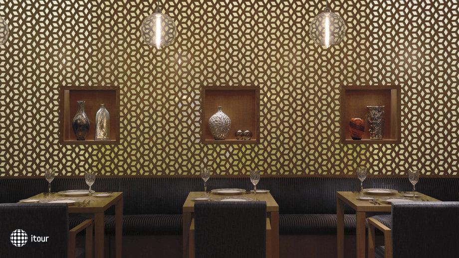 Ritz Carlton Abu Dhabi 10