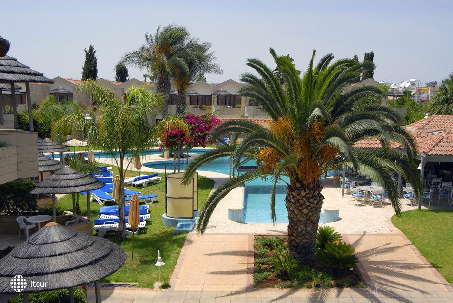 Palm Beach Hotel 5