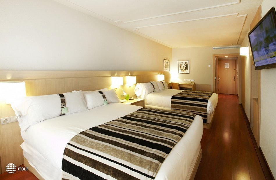 Holiday Inn Andorra (ex. Crowne Plaza) 6
