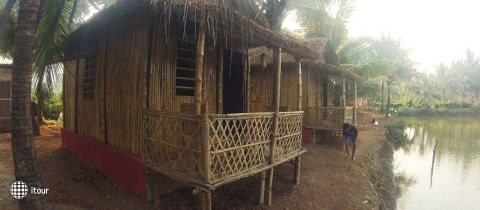 Om Lake Resort 6