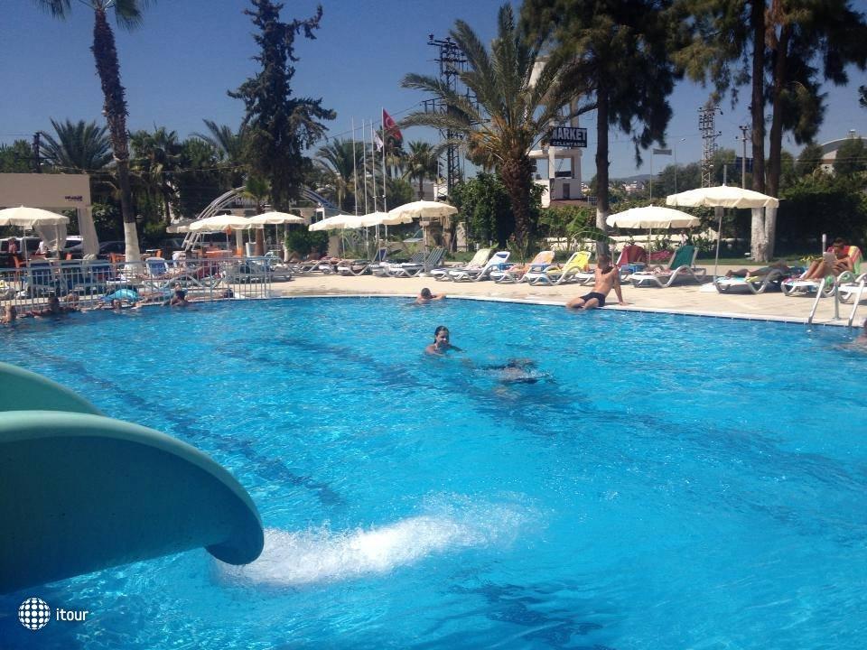 Infinity Beach Hotel 5
