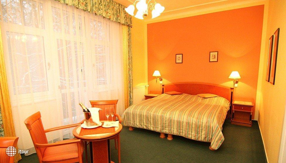 Villa Savoy Spa Park Hotel 2