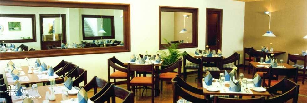 Abad Metro Hotel Cochin 2