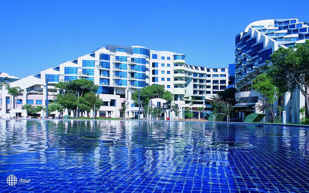 Cornelia De Luxe Resort 1