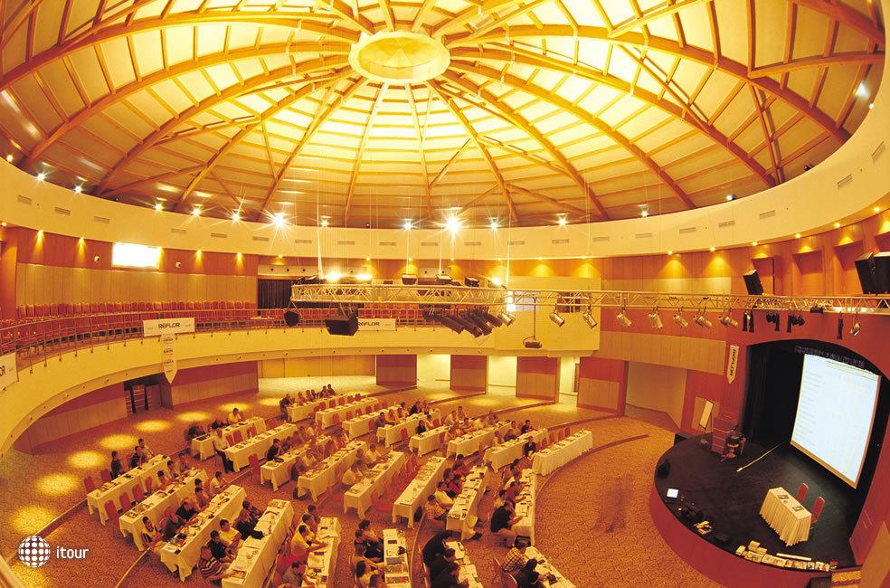 Cornelia De Luxe Resort 6